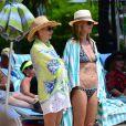 - Exclusif - La sublime Heidi Klum passe ses vacances avec ses enfants à Paradise Island aux Bahamas le 26 mars 2014.