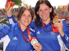 PHOTOS : J.O. : Anne-Caroline Chausson roule sur l'or !