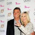 Olivia Newton et John Easterling pour le lancement de son show Summer Nights, à l'hôtel Flamingo de Las Vegas, le vendredi 11 avril 2014.
