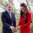 Le prince William et Kate Middleton inauguraient conjointement l'espace visiteurs des Jardins botaniques de Christchurch, en Nouvelle-Zélande, le 14 avril 2014.