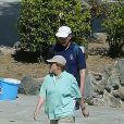 Angela Merkel et Joachim Sauer en balade à Sant'Angelo, sur l'île italienne d'Ischia, le 14 avril 2014.