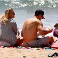 LeAnn Rimes et Eddie Cibrian à la plage avec Mason et Jake, les fils de l'acteur à Ventura, le 19 avril 2014.