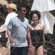 Exclusif - Tia Mowry à Cabo San Lucas au Mexique avec son mari, le 19 avril 2014.