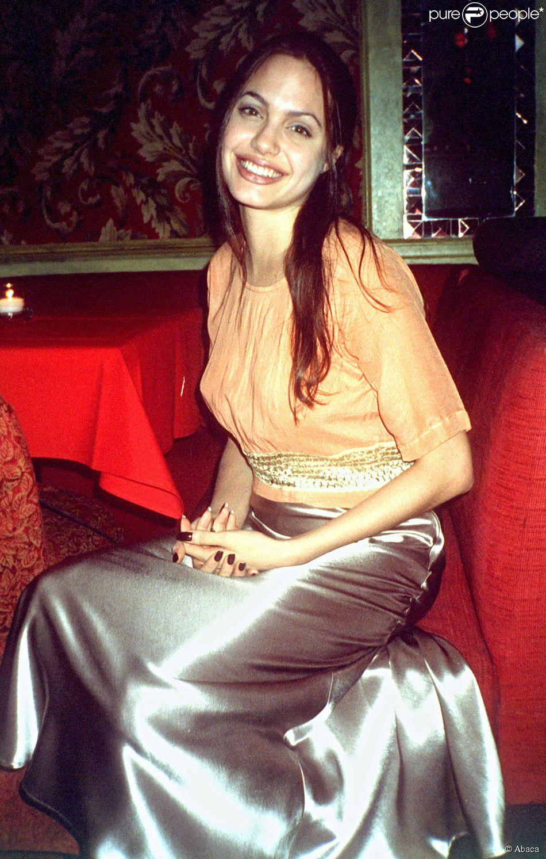 Angelina Jolie en 1996.