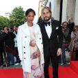 """Zoe Saldana et son mari Marco Perego arrivent à la soirée """"Global Gift Gala 2014"""" à l'hôtel Four Seasons George V à Paris, le 12 mai 2014."""