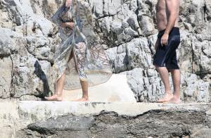 Pamela Anderson à Cannes : En bikini à la plage et avec des nouveaux cheveux !
