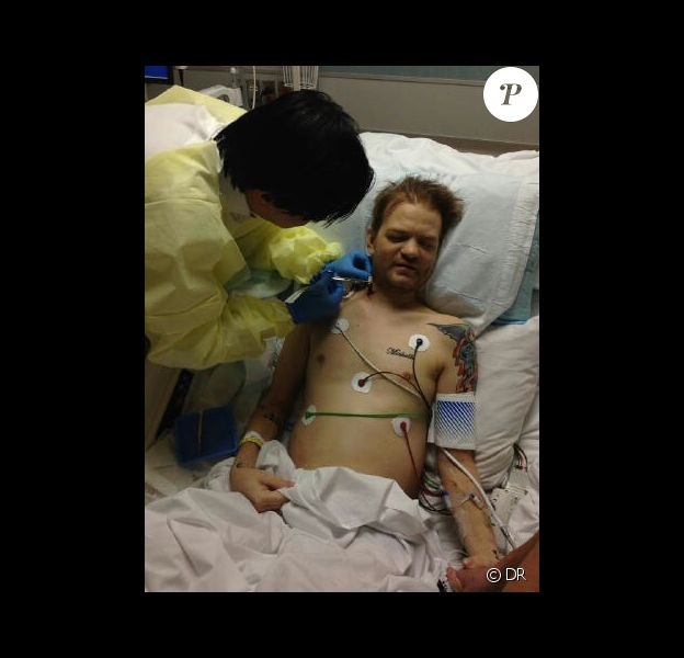 Deryck Whibley à l'hôpital - mai 2014