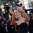 """Petra Nemcova à la montée des marches du film """"Deux jours, une nuit"""" lors du 67 ème Festival du film de Cannes le 20 mai 2014."""