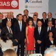 La princesse Letizia et le prince Felipe d'Espagne assistent à un dîner donné par la Chambre de Commerce à Séville, en Espagne, le 20 mai 2014.