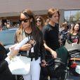 La La Anthony et Jonathan Cheban arrivent à Florence pour assister au mariage de Kanye West et Kim Kardashian. Le 24 mai 2014.