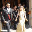 Les invités du mariage de Kim Kardashian et Kanye West quittent l'hôtel Westin Excelsior pour se rendre au Forte di Belvedere. Florence, le 24 mai 2014.