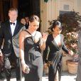 La La Anthony et Malika Haqq quittent l'hôtel Westin Excelsior pour se rendre au Forte di Belvedere. Florence, le 24 mai 2014.