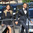 Chrissy Teigen et John Legend arrivent au Fort Belvedere pour assister au mariage de Kim Kardashian et Kanye West. Florence, le 24 mai 2014.