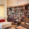 Frank Sinatra Jr. a mis en vente sa maison de Los Angeles pour la somme de 4,8 millions de dollars.