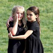 Katie Holmes : Sa fille Suri, angélique, console une copine