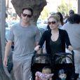 Stephen Moyer, Anna Paquin et leurs jumeaux à Los Angeles, le 17 mars 2014.