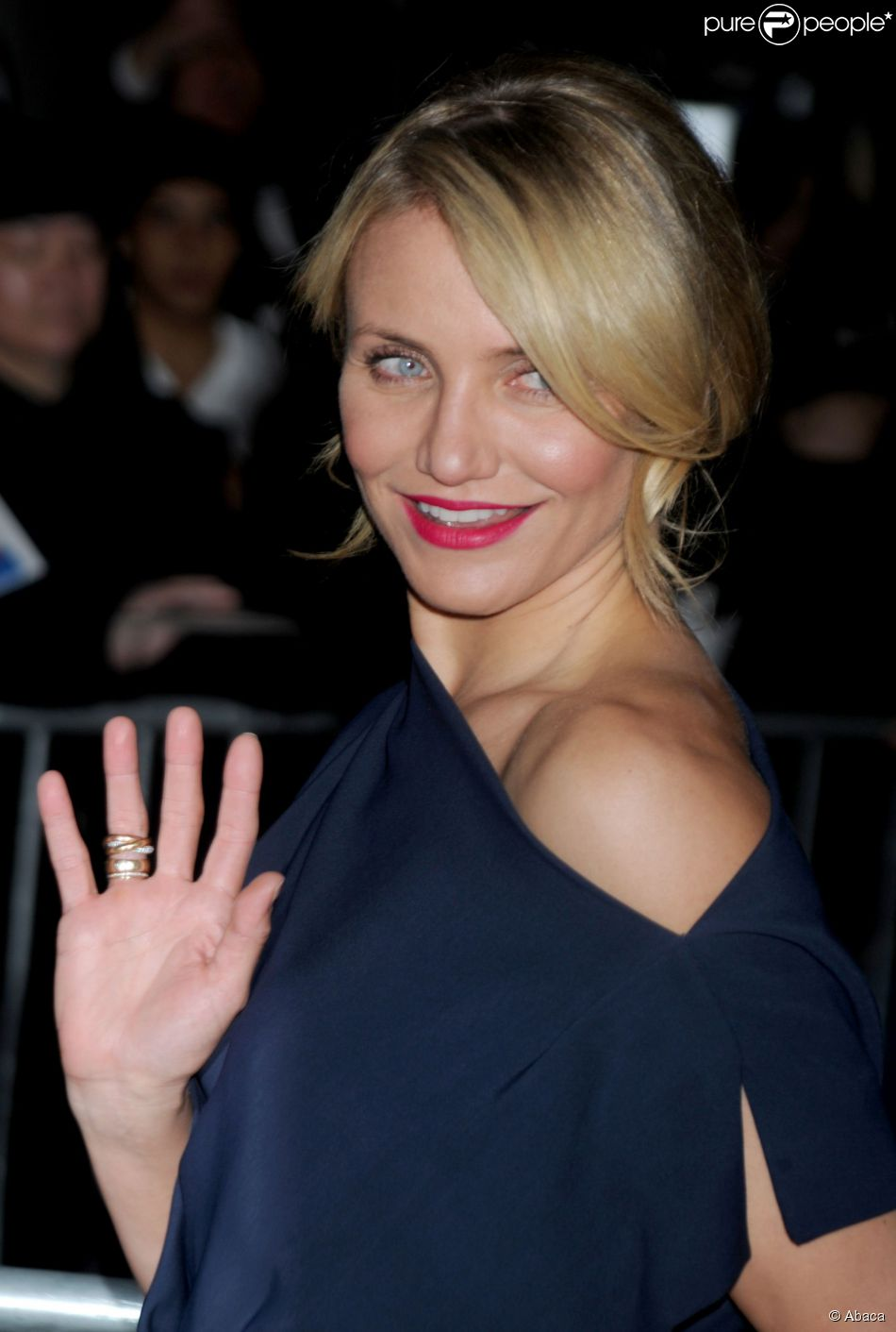 1497944-cameron-diaz-attends-the-cinema-society-950x0-1.jpg (950×1411)