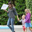 Exclusif - Jennifer Garner emmène ses enfants Seraphina et Samuel déjeuner à l'hôtel Bel-Air à Beverly Hills, le 7 juin 2014.