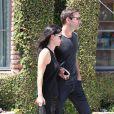 Courteney Cox et son petit ami Johnny McDaid font du shopping chez Marc Jacobs à Beverly Hills, le 10 juin 2014.