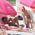Falcao profite du soleil de Floride à Miami avec sa belle épouse Lorelei et leur fille Dominique, le 19 juin 2014
