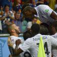 Karim Benzema et Paul Pogba lors du match entre la France et la Suisse, le 20 juin 2014 à l'Arena Fonte Nova de Salvador de Bahia
