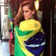 Izabel Goulart, supportrice ultrasexy pour la Seleção, hôte de la Coupe du monde.