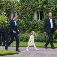 La famille royale de Suède célébrait le 14 juillet 2014 le 37e anniversaire de la princesse Victoria de Suède. Le roi Carl XVI Gustaf, la reine Silvia, le prince Daniel et la princesse Estelle étaient réunis à la Villa Solliden, sur l'île d'Öland, pour la traditionnelle rencontre avec le public.