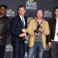Samuel L. Jackson, Tom Hiddleston, Joss Whedon et Chris Evans récompensés pour Avengers lors des MTV Movie Awards 2013.