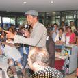 """Exclusif - Yannick Noah - Vente aux enchères à l'occasion du 20ème anniversaire des """"Vendanges du Coeur"""" à Ouveillan, près de Narbonne, au profit des """"Restos du Coeur"""" le 20 juillet 2014."""