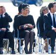 Le roi Willem-Alexander et la reine Maxima des Pays-Bas, particulièrement bouleversée, le Premier ministre Mark Rutte et de nombreuses familles endeuillées ont assisté mercredi 23 juillet 2014 au rapatriement d'une quarantaine de cercueils contenant les dépouilles de victimes du vol MH17 de la Malaysian Airlines, à l'aéroport d'Eindhoven.
