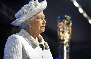 Jeux du Commonwealth 2014 : Elizabeth II amusée lors de la cérémonie d'ouverture