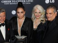 Lady Gaga : Glamour et sobre avec le crooner Tony Bennett, devant ses parents