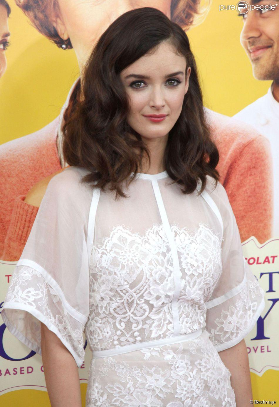 """Charlotte Le Bon - Avant-première du film """"Les Recettes du bonheur"""" (""""The Hundred-Foot Journey"""") au théâtre Ziegfeld à New York, le 4 août 2014."""