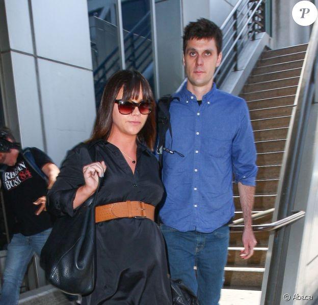Christina Ricci et son mari James Heerdegen, à l'aéroport de Los Angeles, le 23 mai 2014.