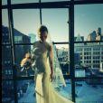 La belle Christina Ricci a dévoilé sa jolie robe de mariée sur son compte Twitter