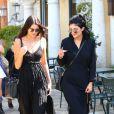 Kendall et Kylie Jenner quittent le restaurant Sugarfish Sushi. Calabasas, le 9 août 2014.