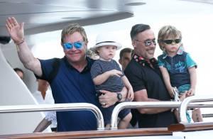 Elton John : Papa complice avec ses enfants à Saint-Tropez
