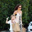 Minnie Driver et son fils Henry à Malibu, le 10 juillet 2014