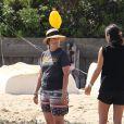 Exclusif - Drew Barrymore et sa fille Olive profitent de la journée sur une plage de Cape Cod dans le Massachusetts, le 23 août 2014.