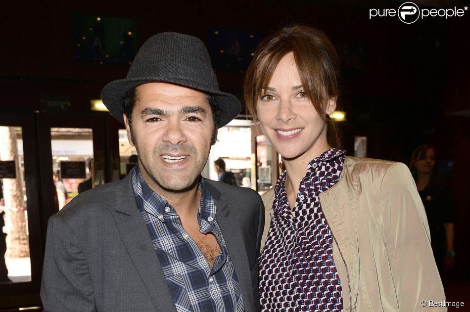 Jamel Debbouze avec sa femme Mélissa Theuriau lors de la finale du 4e Trophée d'Impro de la Fondation Culture et Diversité et de la Compagnie Déclic Théâtre, le 19 mai 2014 au Théâtre Comedia, à Paris.