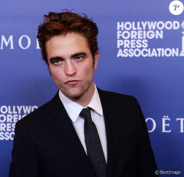 """Robert Pattinson - Dîner pour la presse étrangère """"The Hollywood Foreign Press Associations Grants Banquet"""" à Beverly Hills. Le 14 août 2014."""