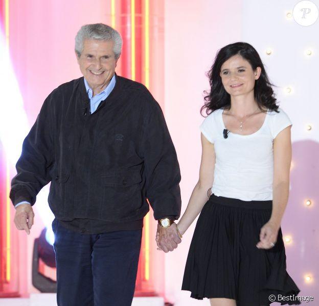 """Claude Lelouch et sa fille Salomé Lelouch - Enregistrement de l'émission """"Vivement Dimanche"""" à Paris le 3 septembre 2014. L'émission sera diffusée le 7 septembre."""