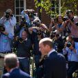 """""""Le prince William en visite à Oxford le 8 septembre 2014, jour de la révélation de la seconde grossesse de son épouse Kate Middleton, qui n'a pas pu l'accompagner pour raisons de santé."""""""