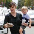Jennifer Garner et son fils Samuel à Santa Monica, Los Angeles, le 8 septembre 2014
