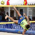 """Exclusif - Didier Deschamps au Mondial de Foot Volley sur la Plage du Ponteil à Antibes Juan-les-Pins, le 14 septembre 2014. Didier, parrain de la manifestation, est venu participer au tournoi """"All Star""""."""