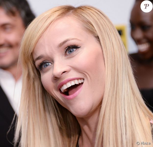 Reese Witherspoon radieuse lors de la première de The Good Lie au Newseum de Washington, le 17 septembre 2014.
