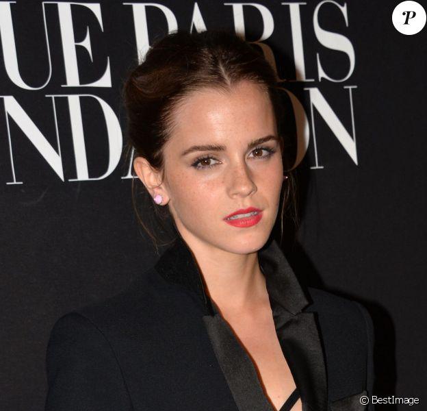 """Emma Watson - Gala """"Vogue Paris Foundation"""" au Palais Galliera à Paris le 9 juillet 2014"""