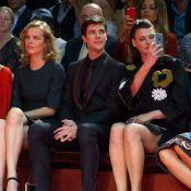 Eva Herzigova et Linda Evangelista : Icônes spectatrices du show Dolce & Gabbana