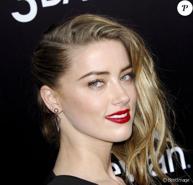 "Amber Heard - Première du film ""3 Days to Kill"" à Hollywood, le 12 février 2014."