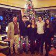 Tim Bozon avec ses parents Philippe et Hélène, son frère Kevin et sa soeur Allison - Noël 2013